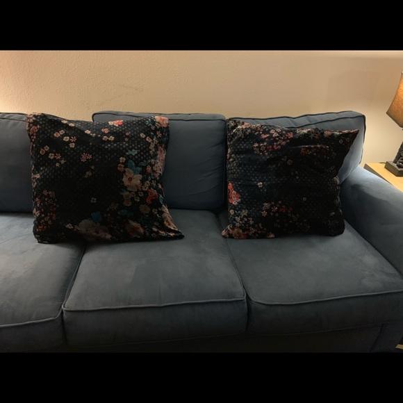 Superb Johnny Was Euro 26X26 Velvet Pillows Inzonedesignstudio Interior Chair Design Inzonedesignstudiocom